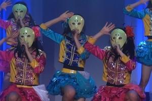 最強の地下アイドル 仮面女子 特別に仮面を脱いでもらった! COSTUME AWARDでライブ!