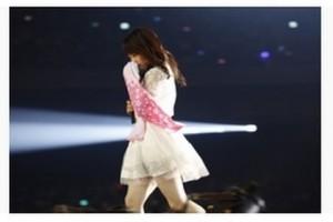 AKB48の川栄李奈、さいたまスーパーアリーナで電撃卒業発表!