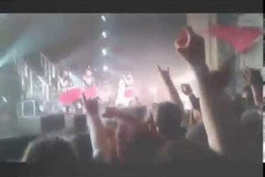 Babymetal Doki Doki Morning +Gimme Chocolate live