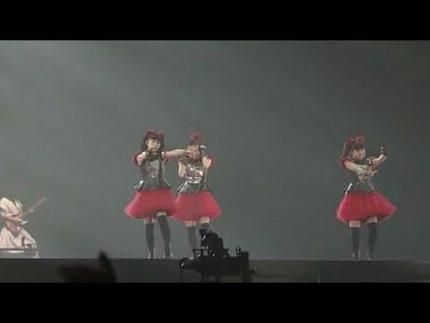 BABYMETAL・幕張ライブ『かかってこいよー!』いや、もうすでに誰もかかっていけませんから!オンリーワンですから!